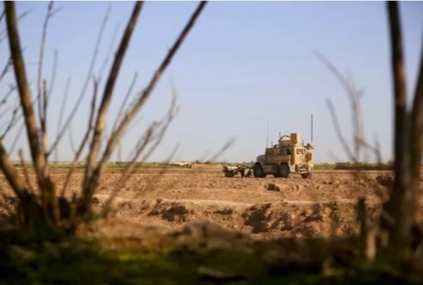 美军车队阿富汗遇炸弹袭击,2名美国军人死亡